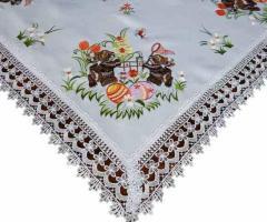 Elegancki ozdobny obrus Wielkanocny 85x85 cm haftowany