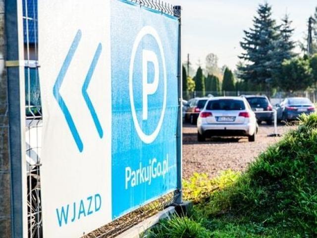 ParkujGo.pl   parking lotnisko Balice